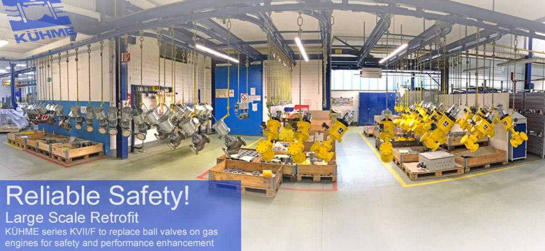 Panoramafoto von Produktionshalle mit Armaturen